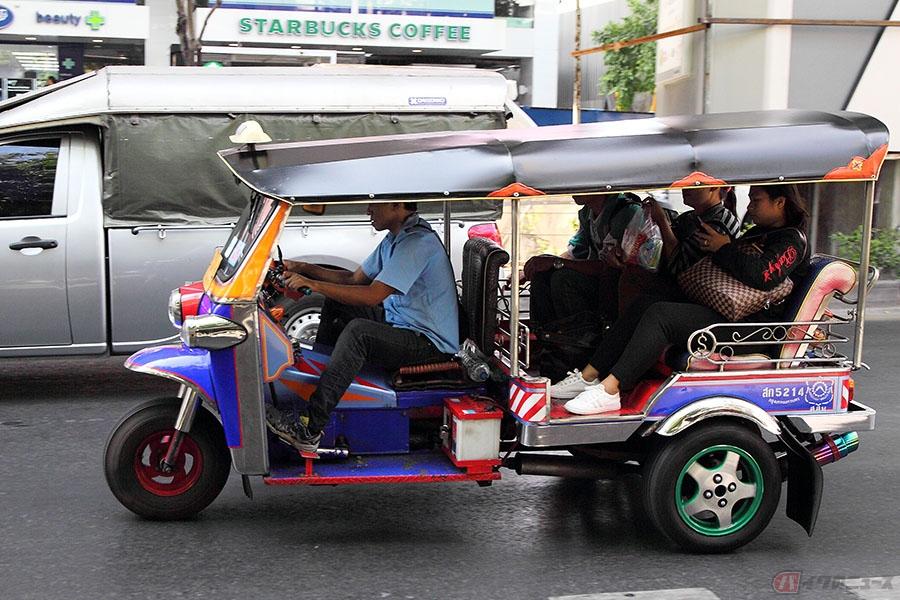 日本の『オート三輪』がカタチを変え、生き続ける タイ・バンコクを ...